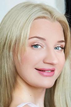 Angela Vidal