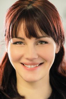 Elena Vega